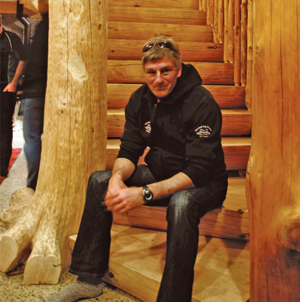 Grame Mould - Owner Natural Log Homes