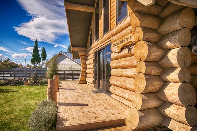 Natural log homes materials