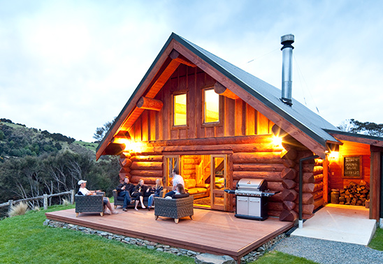 Natural-Log-Homes-small-home-lodge